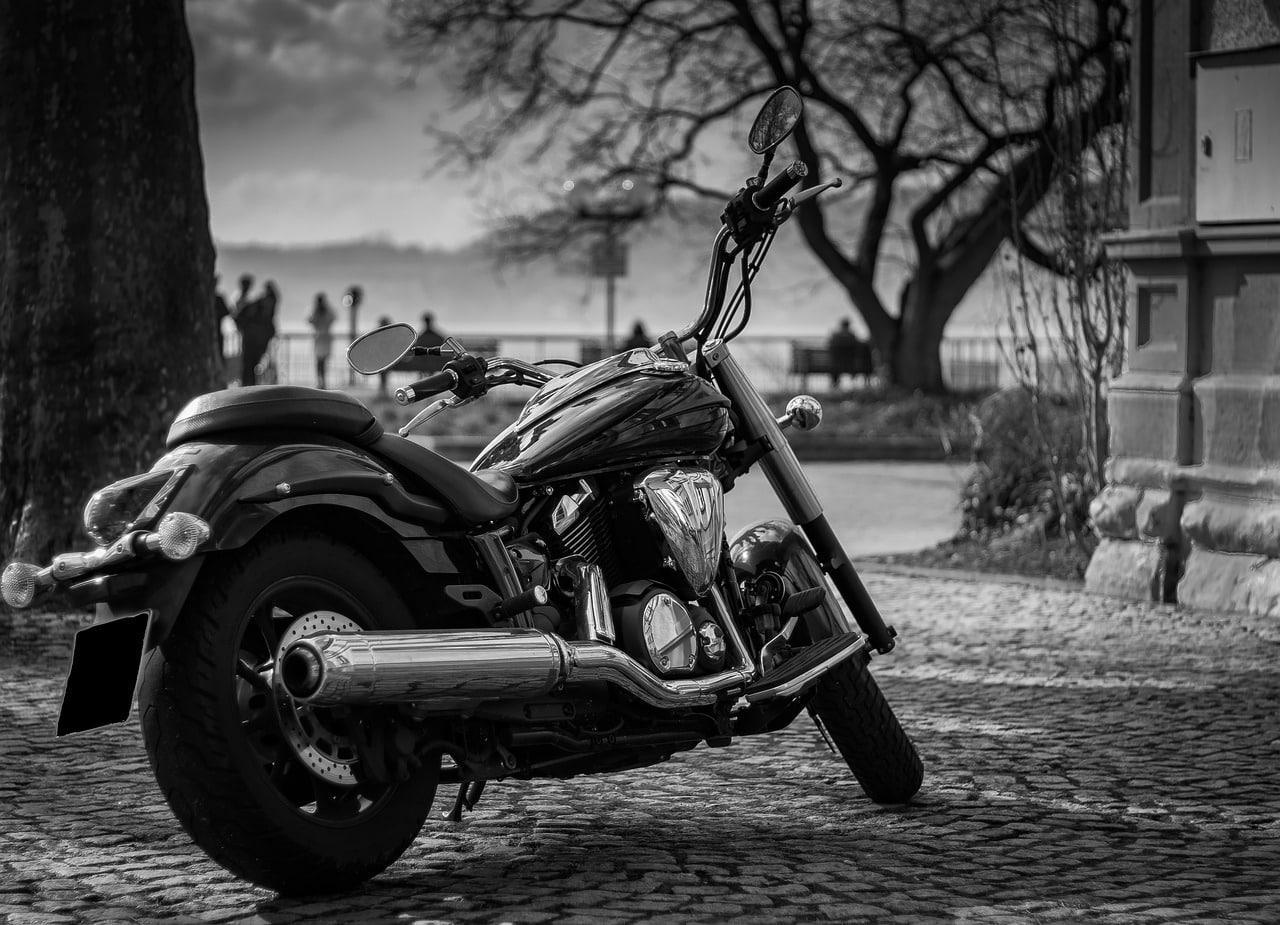 nouvelle ou ancienne moto sur Paris